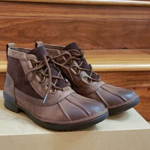 New In Box UGG Heather Rustic Looking Boots